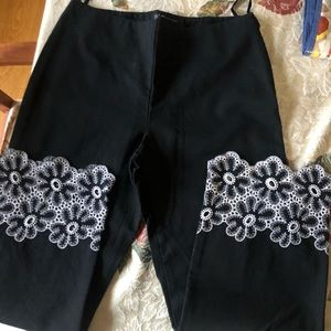 INC black with white flower design size 6